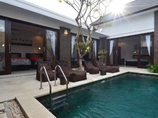 LUXURIOUS NEW AND CHEAP - AKARMA VILLA, Seminyak