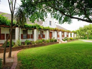 Beausoleil - cosy accommodation for a couple, Bonnievale