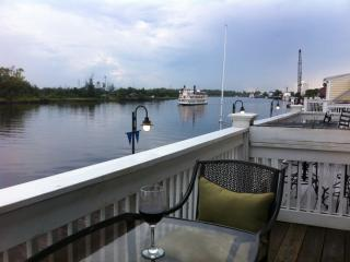 riverfront condo in historic downtown wilmington