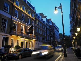 2 bed apartment in the Heart of Mayfair