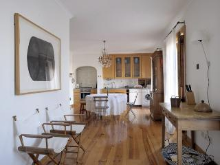 Elegant and spacious home with superb view, Lissabon