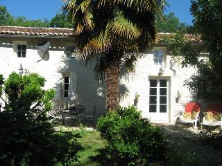 Gite du Calme B&B near Cognac SW France