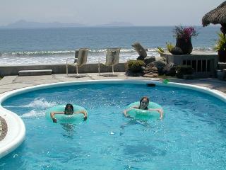 Beach House - Club Santiago, Manzanillo, Mexico