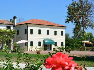 Agritourism Corte Bonicella, Cona