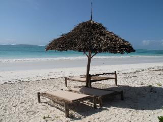 Zanzibar Villa Maua,  Indian Ocean Beachfront, Matemwe