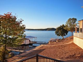 Lake Ozark House With Main Channel View