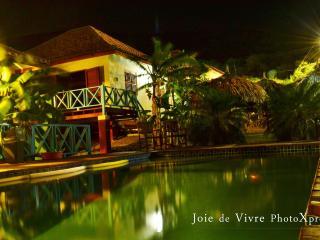 Zeer mooie bungalows in westpunt gelegen, Sabana Westpunt