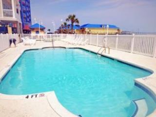 6BR.... Elegant Ocean Villa...close to BEACH!!