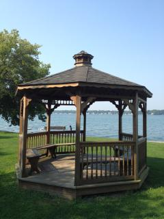 Romantic Gazebo at Harris Park to watch the sun set