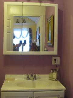 bathroom sink and mirrow