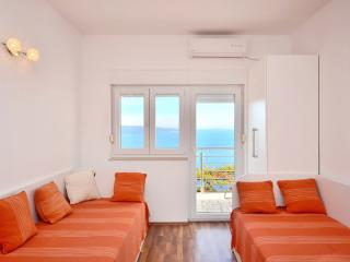 Pikolo Apartments - Orange apartment, Omis