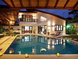 Exclusive 3BR Villa SEMINYAK 5min beach