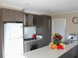 VILLANDRY Melbourne - Large Homes Ideal for Groups
