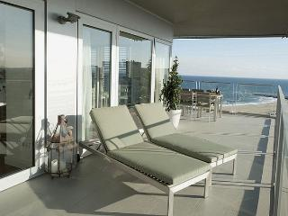 B502 SEA VIEWS POOL 5 BEDROOMS, Barcelona