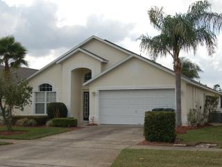 Lovely Orlando Villa Rental - Gated 930, Kissimmee
