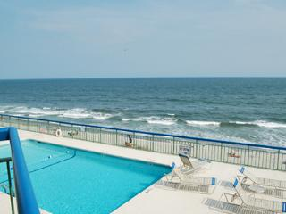 Oceans 516, beautiful 1BR oceanfront, WiFi/more!!!, North Myrtle Beach