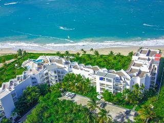 1 BDR Ocean Front Penthouse walking distance to ALL!, Cabarete