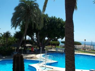 Studio 200m from beach, pool, terrace., Nerja