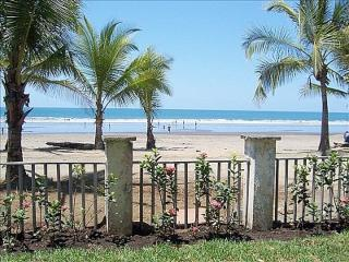 Bahia Azul Luxury w Spetacular Beachfront & Ocean Views