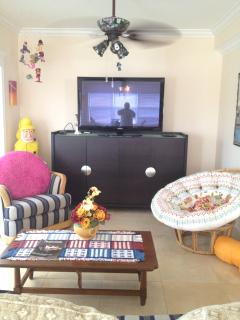 Living room ,stereo,Tv DVD ,Cable