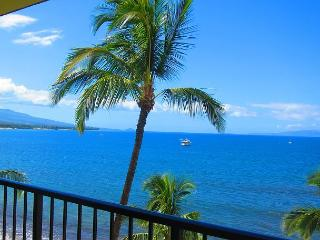 Sugar Beach Oceanfront Ocean View Penthouse 2/2 Great Rates!, Kihei