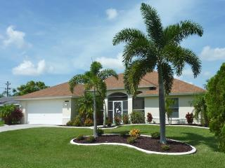 Villa Florence 3/2 pool home in SW Cape Coral