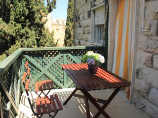 KOSHER Apartment in Jerusalem Rechavia