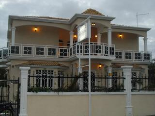 La Mirage Residence Guesthouse, Grand Port District