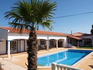 Apartment with pool on the sunny Algarve