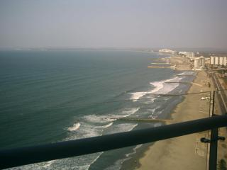 Eagles eyeview of ocean and sky, Cartagena