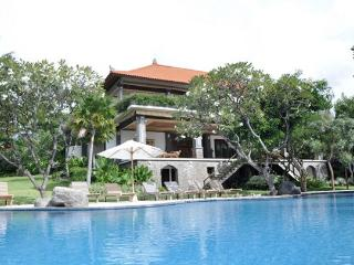 Palatial Luxurious Villa In The Lovina Hills, Lovina Beach