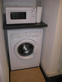 Washing machine with dryer function