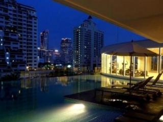 1 BR City Center walk to BTS&Airport Link+Pool+Gym, Bangkok