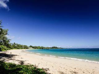 Beachside Getaway Estate, Laie