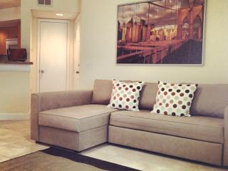 NEWLY RENOVATED APT SAWGRASS MALL SUNRISE, FL, Plantation