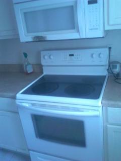 Full Kitches & Appliances
