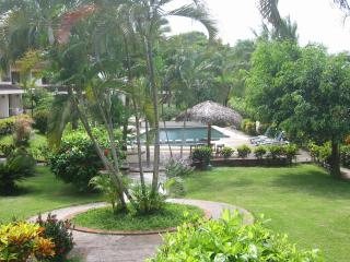 Playa Flamingo 2 Master Bedroom Condo Villas Flamingo 2 minute walk to Beach!