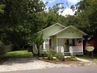 Josephine's House A Cajun Cottage Rental, Breaux Bridge