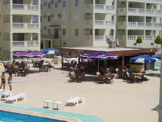 Apartment on the Royal Marina 5* complex Altinkum
