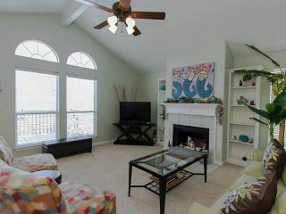 Great West Beach Getaway.  Perfect for Families, Galveston