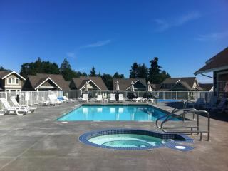 Our Sweet Escape, Qualicum Beach
