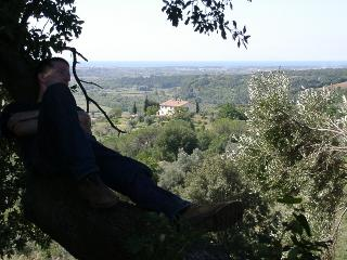 relax in the Tuscan hills!