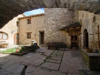 Casa Mur de Alujan   Pirineos.