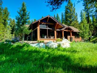 Custom Home on 13 Private Acres Close To Whitefish