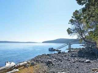 Topaz on San Juan Island, Friday Harbor
