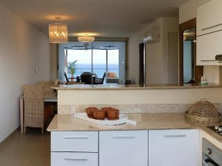 Stay & Surf in Panama Beach Front Appartment, San Carlos