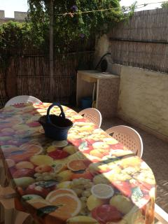 dining room in the patio