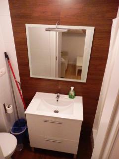 New and modern bathroom