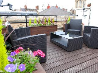 Boutique top floor apartment with terrace, London