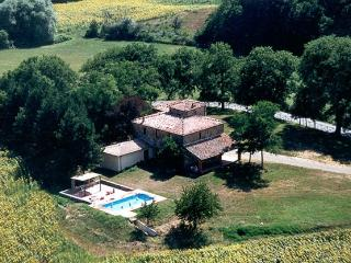 Tuscany Estate - Casa Leopold Italian villa rental near Arezzo, Siena and Crete
